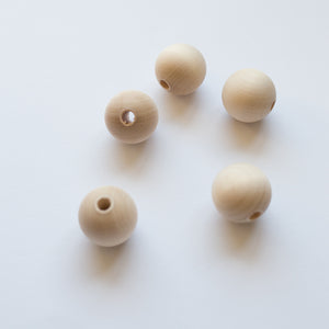 Houten kralen 35mm per 5 | Wooden beads 35 mm 5 pc.