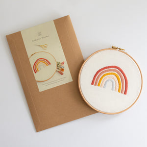 Borduurkit 'Rainbow' | Embroiderykit 'Rainbow'