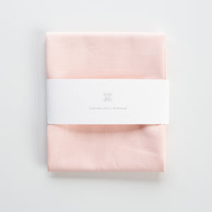 Borduurstof Katoen 'Peachy Pink' | Embroidery fabric Cotton 'Peachy Pink'