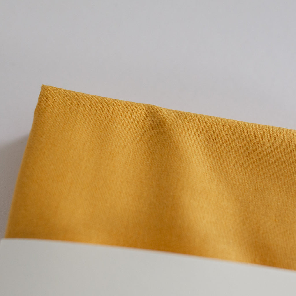 Borduurstof 'Oker' | Embroidery fabric 'Ochre'