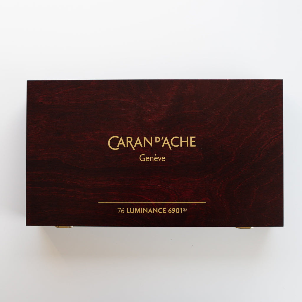 Caran d'Ache Luminance 6901 set 76 Wood