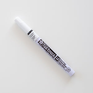 Sakura Pen-touch White Fine
