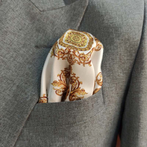 ROYAL WHITE & GOLD SILK POCKET SQUARE