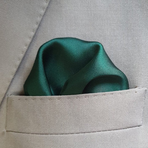The Solid Bottle Green Pocket Square