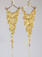 Load image into Gallery viewer, Gold plated brass crochet earrings (S)