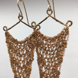 Thin brass crochet earrings (M)