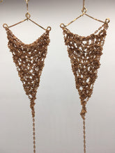 Load image into Gallery viewer, Copper chain earrings (L)