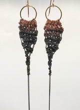 Load image into Gallery viewer, Copper ombré drop earrings