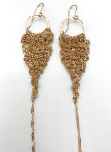 Medium gold drop earrings