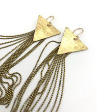 Load image into Gallery viewer, Hammered brass stardust earrings