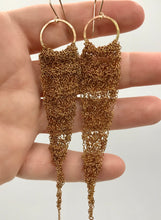 Load image into Gallery viewer, Medium brass drop earrings