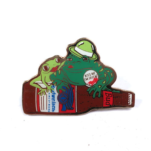 "Vintage Budweiser Frogs ""Kiss Me I'm Irish"" Pin"