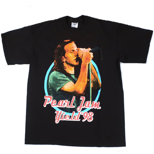 Vintage Pearl Jam Yield 1998 T-Shirt