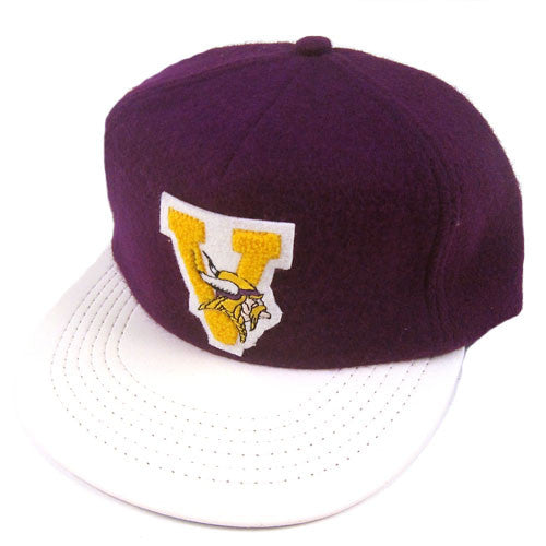 Vintage Minnesota Vikings Leather Brim Strapback Hat NWT
