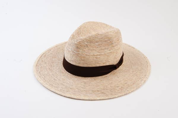 Hat with brown trim