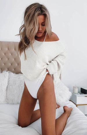 https://files.beginningboutique.com.au/Azra+Knit+Beige.mp4