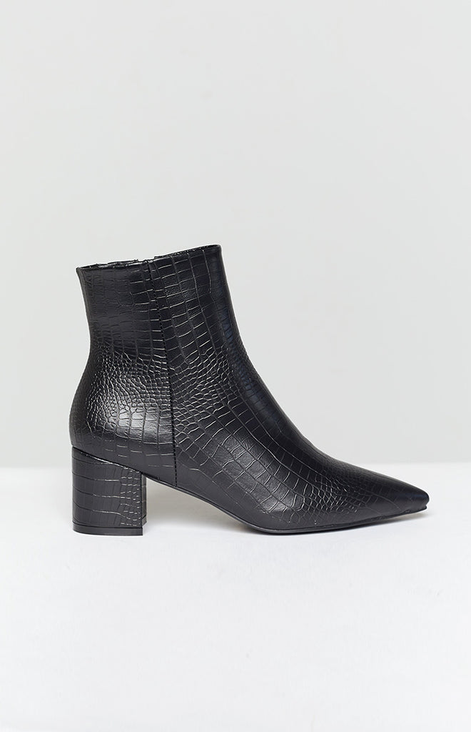 Billini Issie Boot Black Croc 8