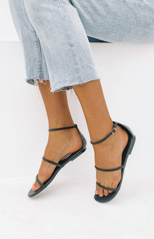 Billini Iowa Sandals Black