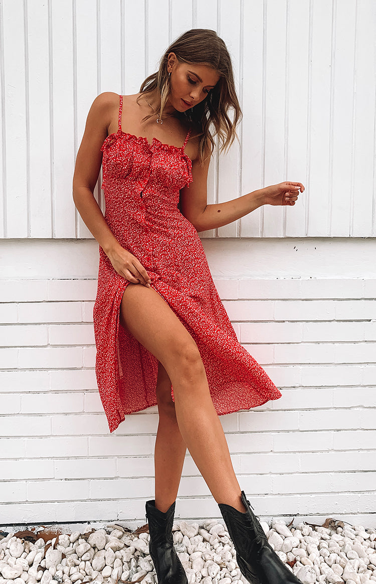 https://files.beginningboutique.com.au/Boulevard+Midi+Dress+Red+Floral.mp4