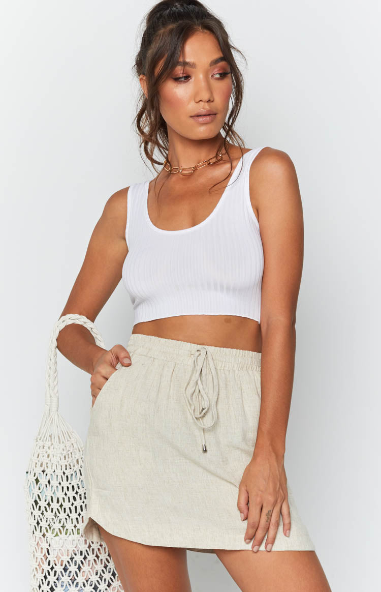https://files.beginningboutique.com.au/Cannes+Skirt+Beige.mp4