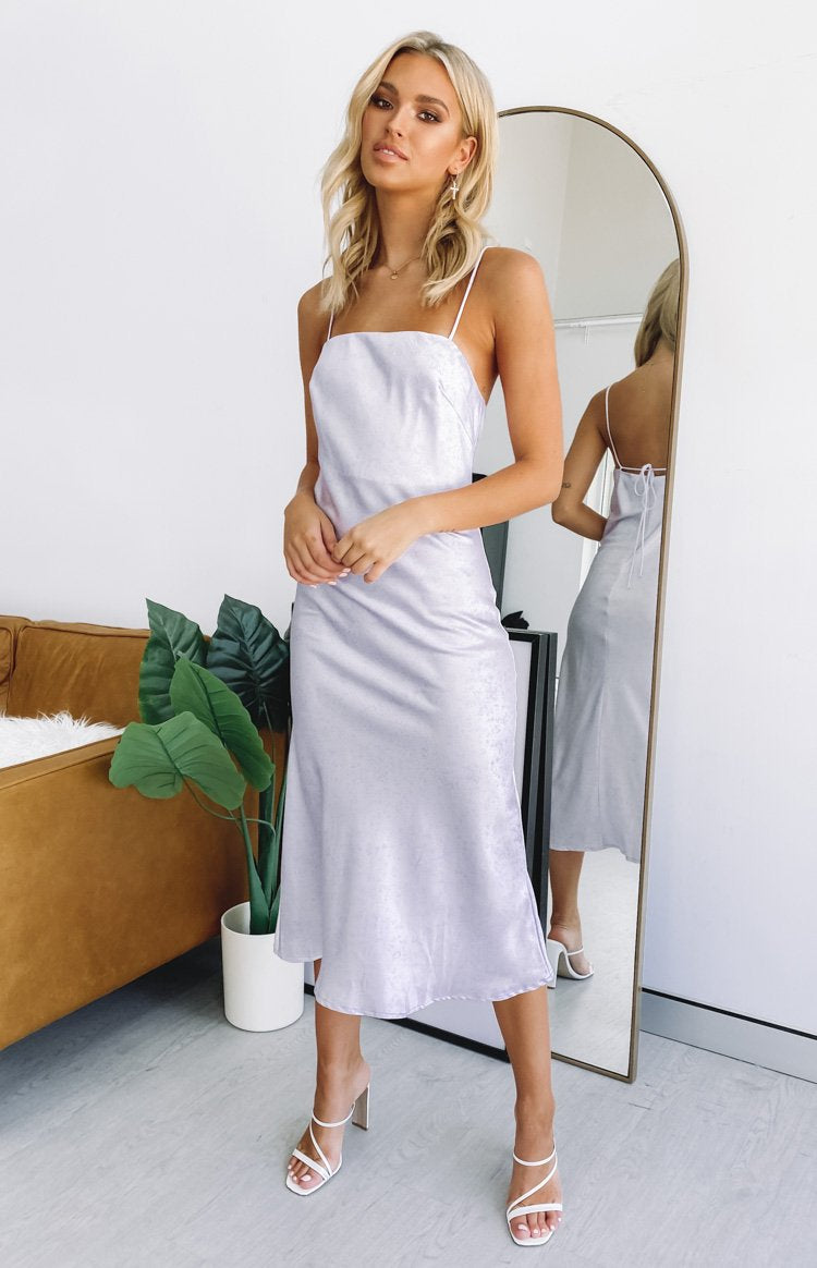 https://files.beginningboutique.com.au/lilac+pattern+mid+dress.mp4