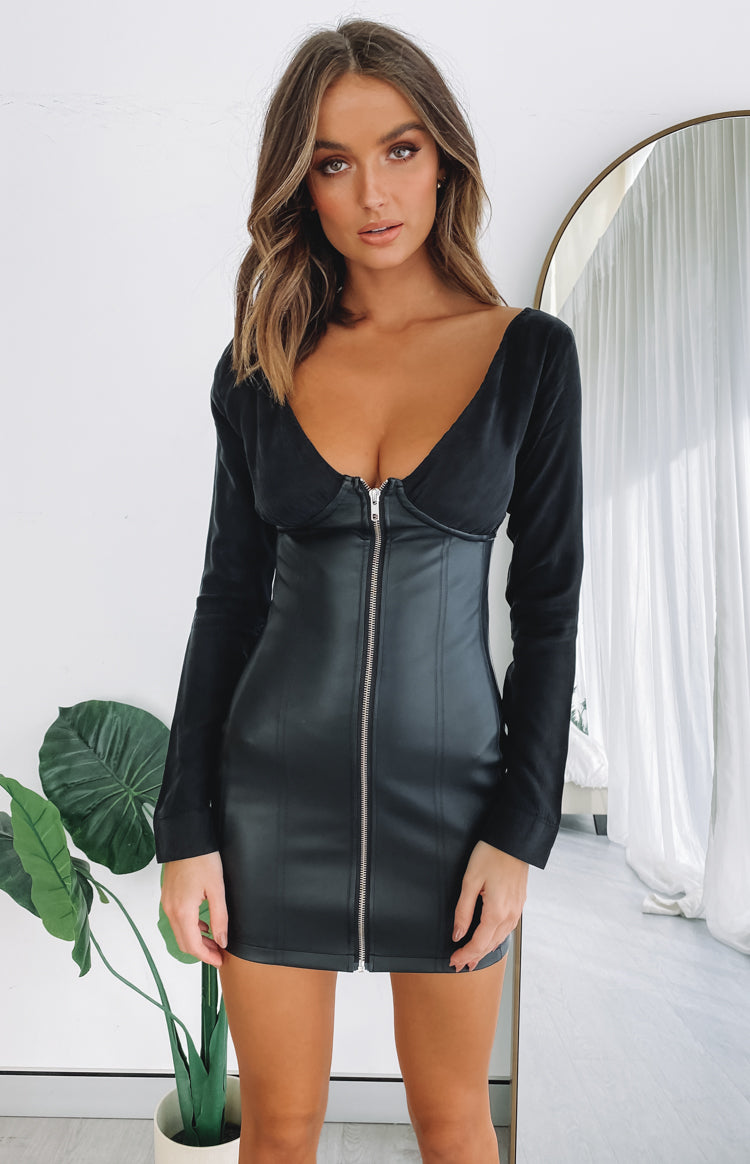 https://files.beginningboutique.com.au/20200622+-+Corinda+Corset+Dress.mp4