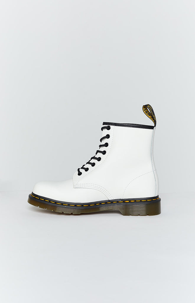 Dr. Martens 1460 8EYE Boot White Smooth 2
