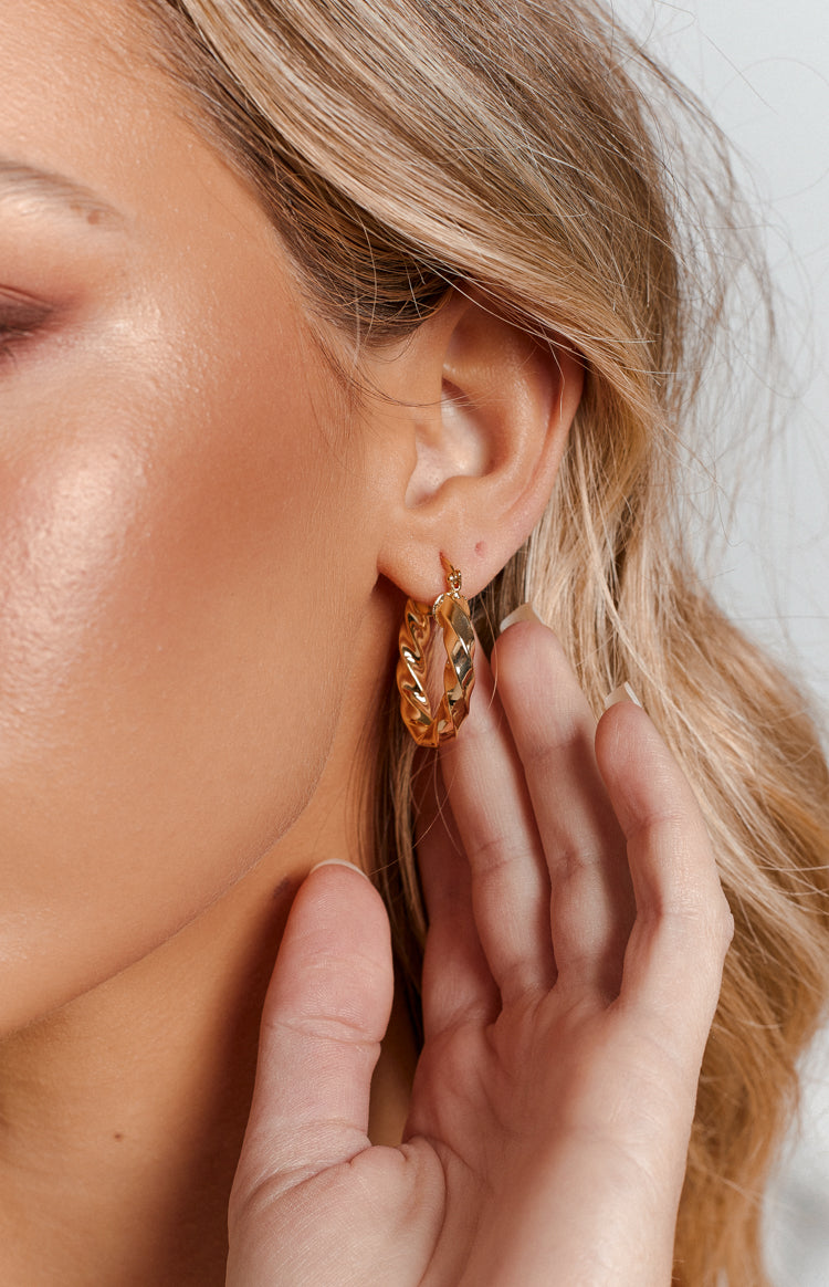Eclat Angela Hoop Earrings Gold