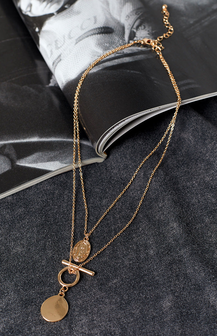 Eclat Etheral Layered Pendant Necklace Gold