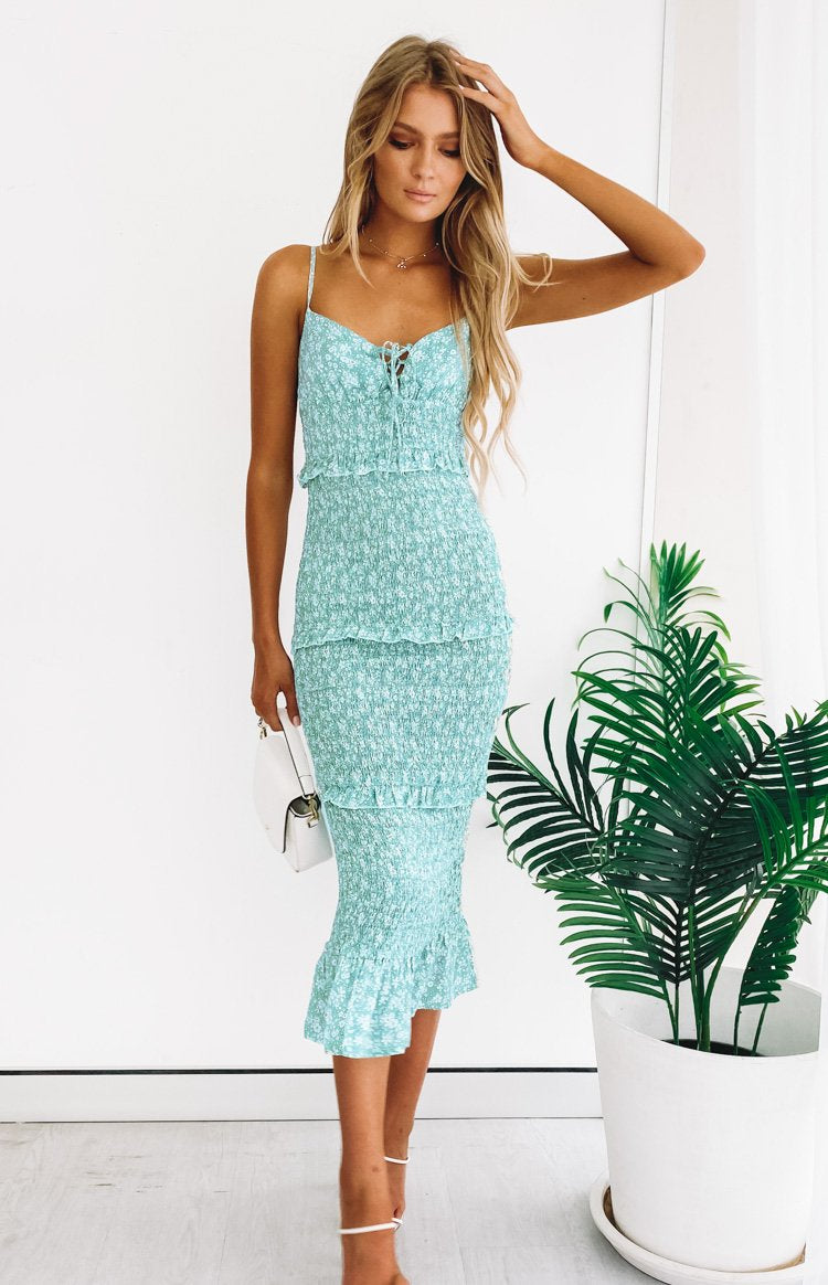 https://files.beginningboutique.com.au/20191217+-Elleen+Shirred+Midi+Dress+Mint+Floral.mp4