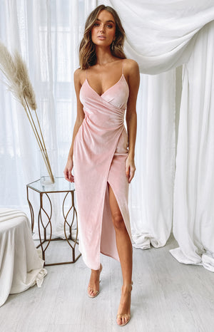 https://files.beginningboutique.com.au/20200622+-+Graduation+formal+dress+blush.mp4
