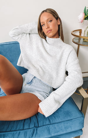 https://files.beginningboutique.com.au/20200506-Henri+sweater+grey.mp4