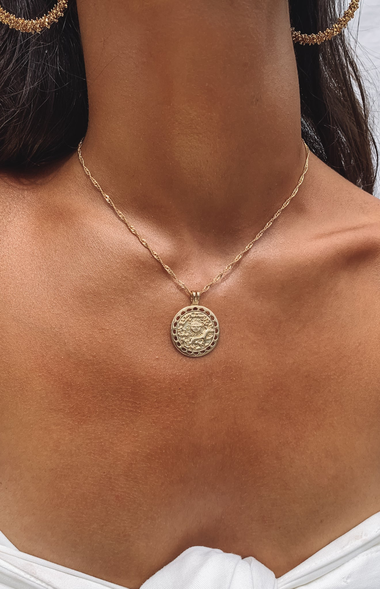 Eclat Sun Star Charm Necklace Gold