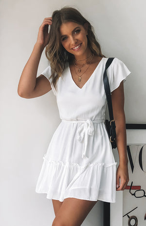 https://files.beginningboutique.com.au/IT+TAKES+TWO+DRESS+WHITE.mp4