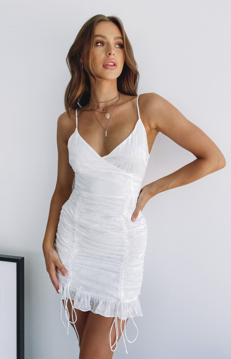 https://files.beginningboutique.com.au/Imogen+mini+dress.mp4