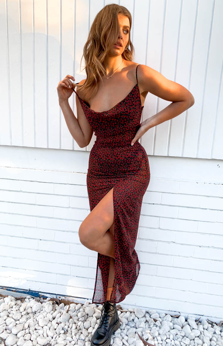 https://files.beginningboutique.com.au/Jorja+Maxi+Dress+Black.mp4