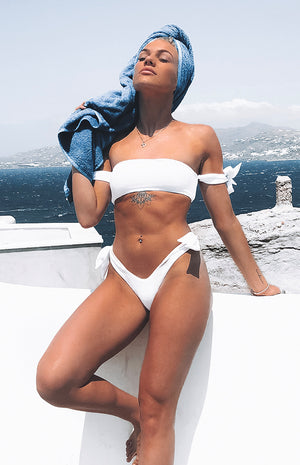 9.0 Swim Kitten Tie Bikini Top White Ribbed