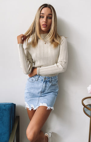 https://files.beginningboutique.com.au/20200422-Need+your+love+knit+top+cream.mp4