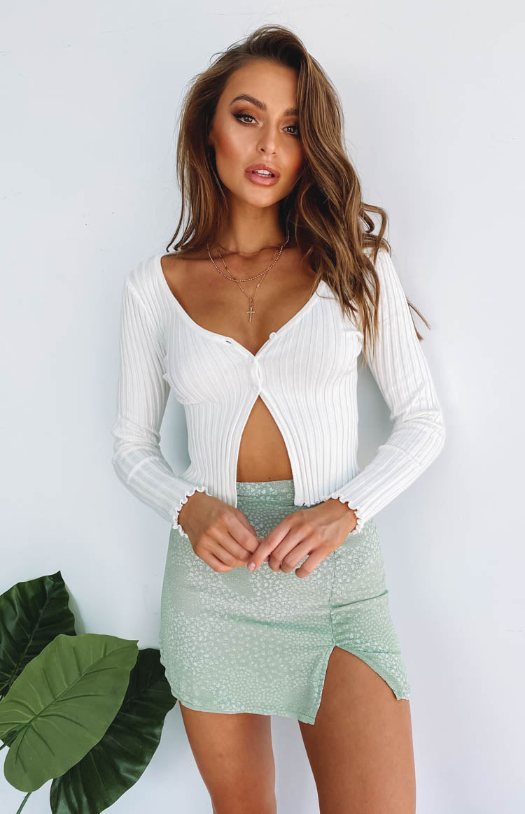 https://files.beginningboutique.com.au/20200228-Novah+Rib+Knit+Top+White.mp4