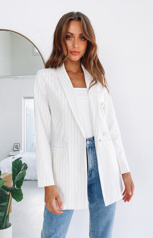 https://files.beginningboutique.com.au/20200313-RILEY+BLAZER+JACKET.mp4