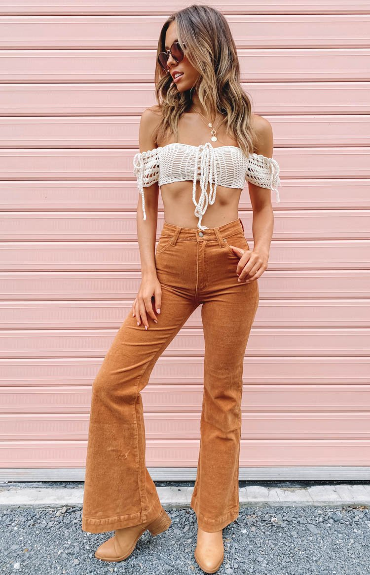 https://files.beginningboutique.com.au/20200304-Rolla's+Eastcoast+Flare+Tan+Cord+-+12336-TanCord+.mp4