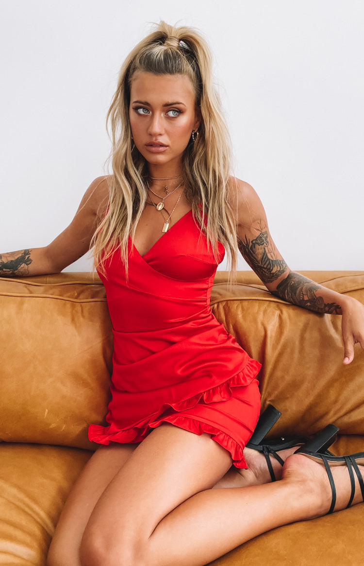 https://files.beginningboutique.com.au/Slient+Night+Dress+Red.mp4