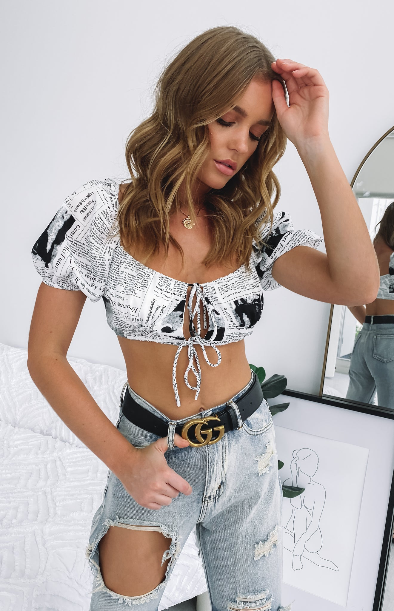 https://files.beginningboutique.com.au/Skipping+Stones+Bustier+Crop+Top+Newspaper.mp4