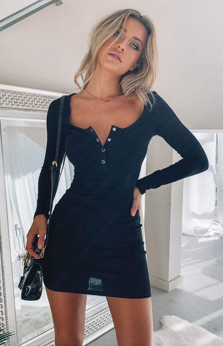 https://files.beginningboutique.com.au/Skyler+Ribbed+Long+Sleeve+Dress+Black+.mp4