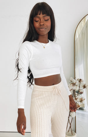 https://files.beginningboutique.com.au/20200703+-+Tehya+Long+Sleeve+Top+White.mp4