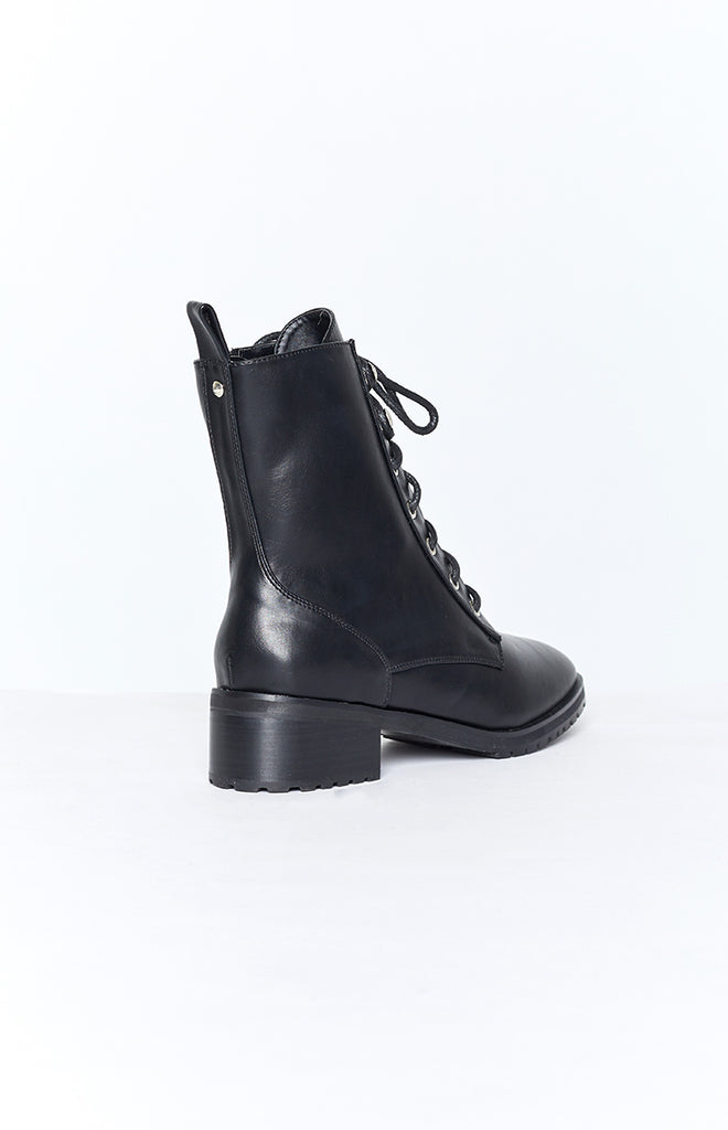 Therapy Ramona Boots Black Smooth 8