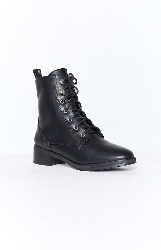 Therapy Ramona Boots Black Smooth 7