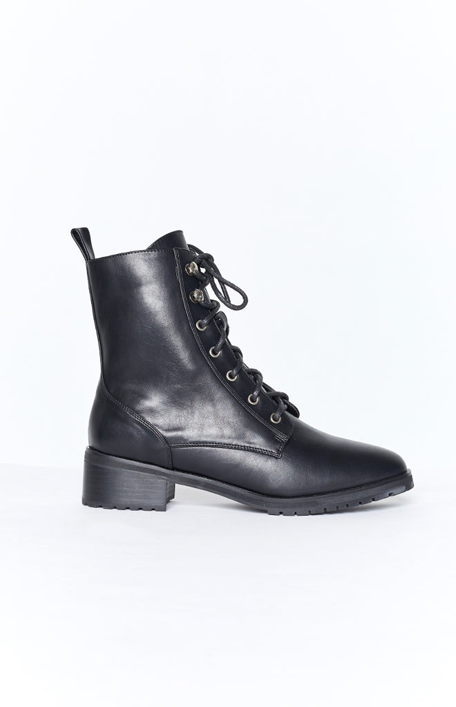 Therapy Ramona Boots Black Smooth 6