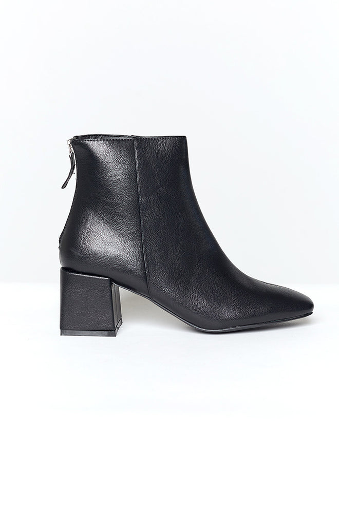 Therapy Cody Boots Black Tumbled PU 3