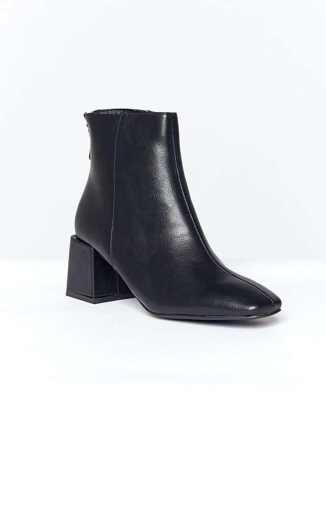 Therapy Cody Boots Black Tumbled PU 1
